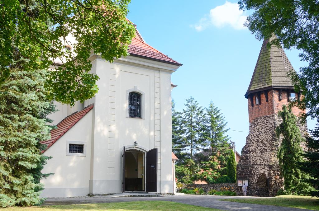 Kościół śś Piotra i Pawła w Chróścinie