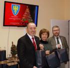 Henryk Lakwa, starosta, Leonarda Płoszaj, wicestarosta i Krzysztof Wysdak, członek Zarządu